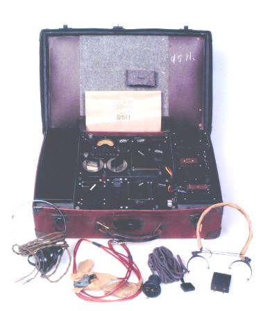 B Mark II SOE Suitcase Radio
